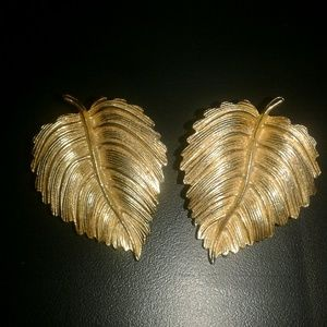 Vintage Gold Leaf Earrings Clip On